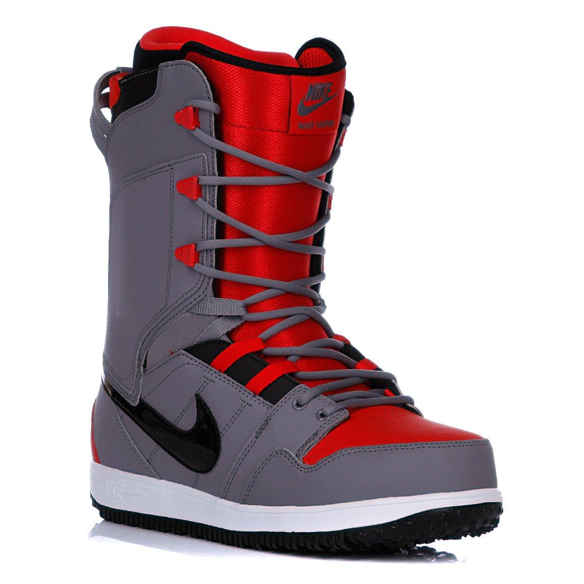 Ботинок для сноуборда на шнурке