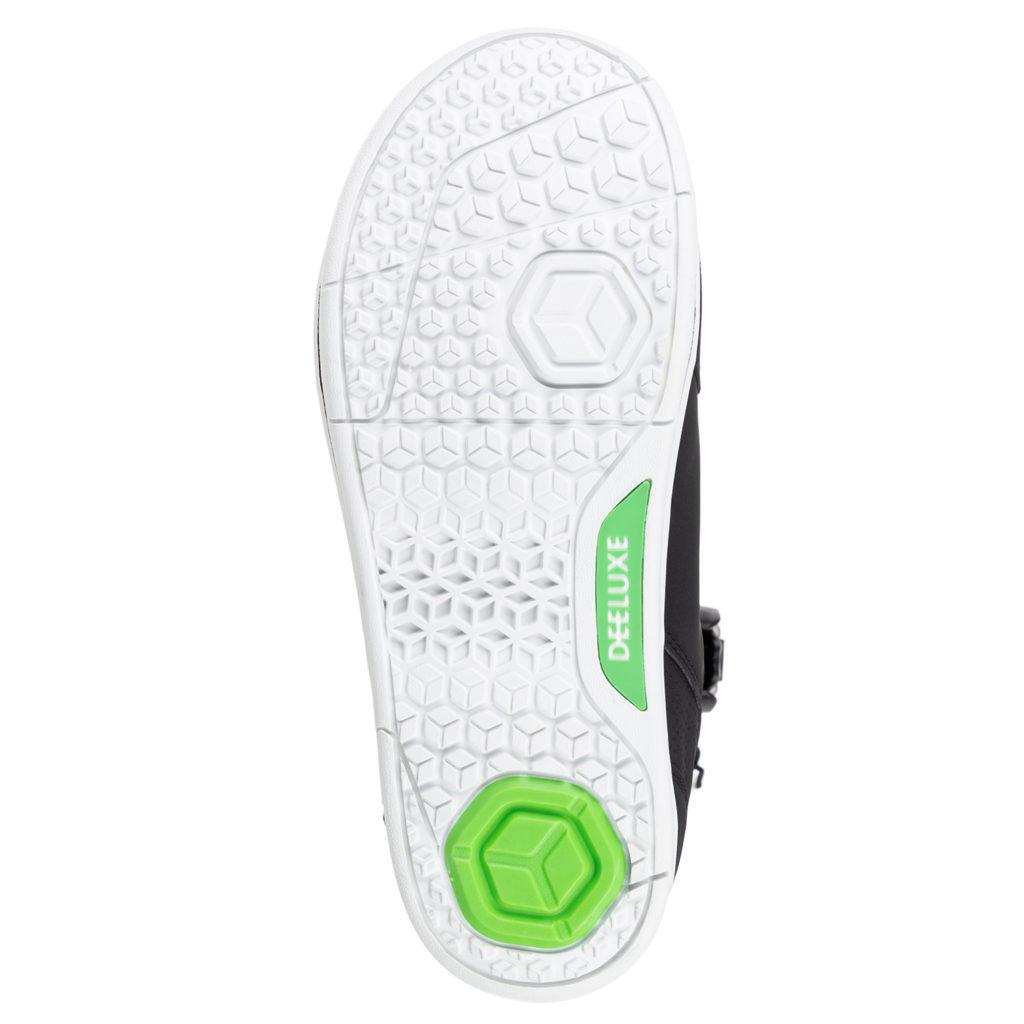 Подошва сноубордического ботинка плоская